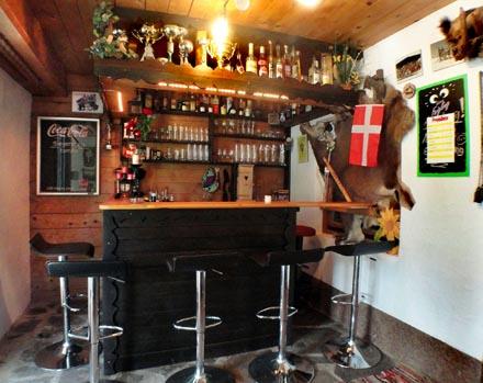 bar haus alpenmelody02 z. Black Bedroom Furniture Sets. Home Design Ideas